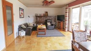Fernseher, Kamin