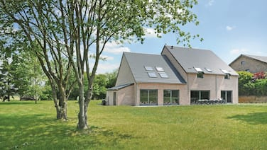 4 Bedroom Accommodation in Somme-leuze