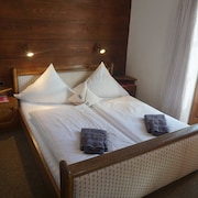 Double Room Small Nr. 5 - Pension Haus Sonnenblick