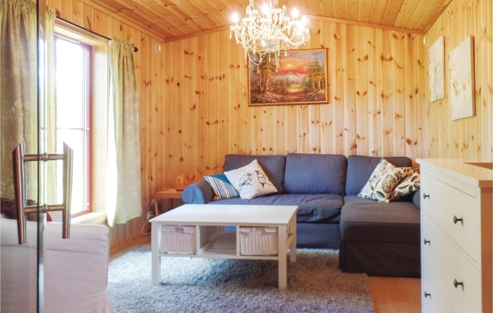 Living Room, 2 Bedroom Accommodation in Løten