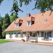 4 Bedroom Accommodation in Campagne les Hesdin