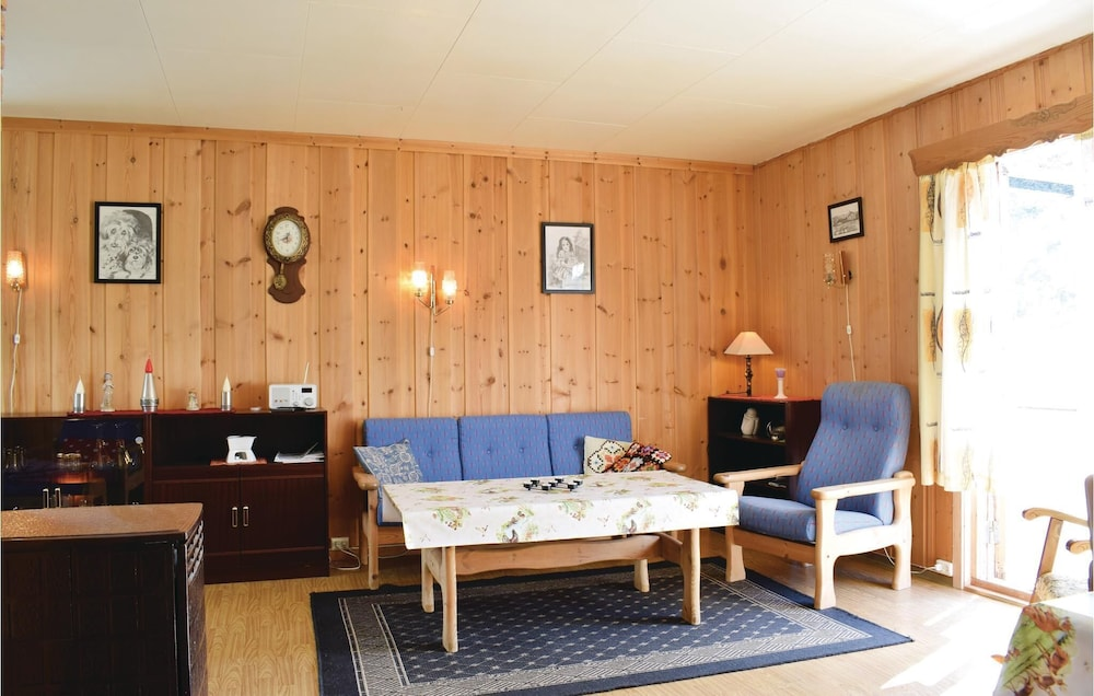 Living Room, 3 Bedroom Accommodation in Nordberg