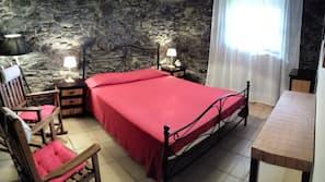 2 Schlafzimmer, kostenlose Babybetten, kostenloses WLAN, Bettwäsche