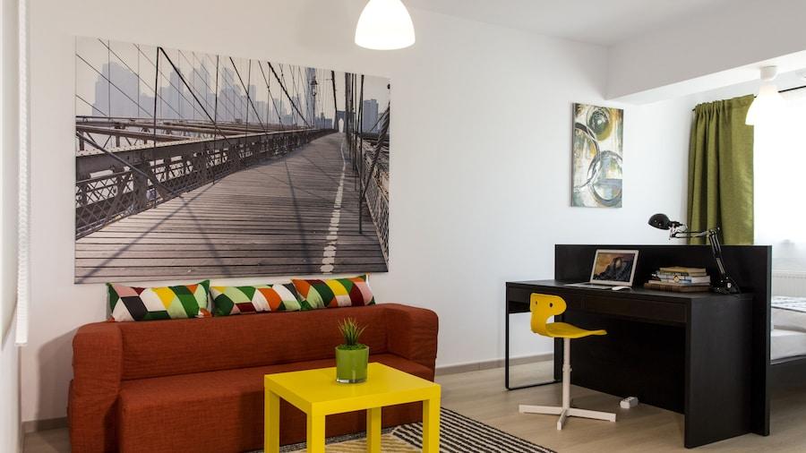 Studio R by MRG Apartments