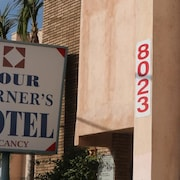 Four Corners motel