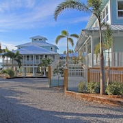 Dolphin Point Villas