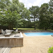 Comfortable 2400 Square Foot Cottage With Pool on 3 Wooded Acres, Near Beach
