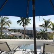 Cozy Ocean-view and Petfriendly Apartment With Terrace in San Jose Los Cabos