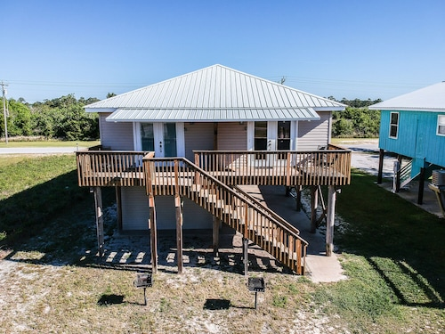 affordable vacation home walk to the beach restaurants shops etc