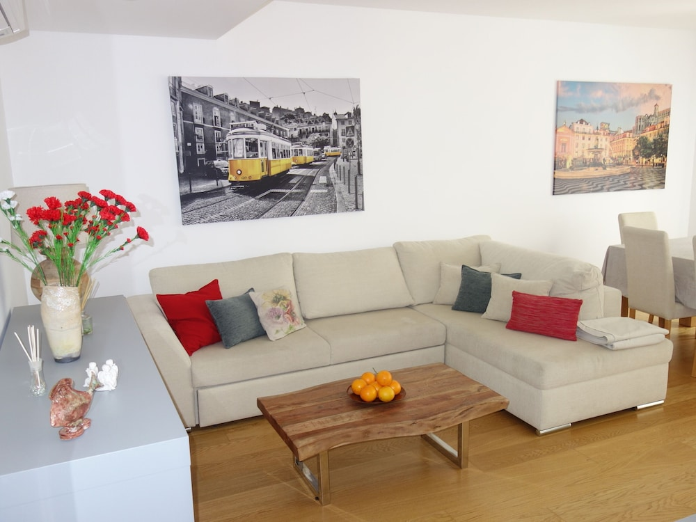 Living Room, * River Terraces * Superb residence in the south bay of Lisbon, on the banks of the Tagus River
