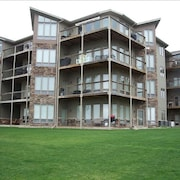 Best Rates! Bridges Bay Condo #104 GG. Walkout Unit, Waterpark, Pools, Lake View
