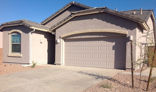 Check Expedia for Availability of New Vacation Rental, Queen Creek/san Tan Valley, AZ, Winter Visitor Friendly
