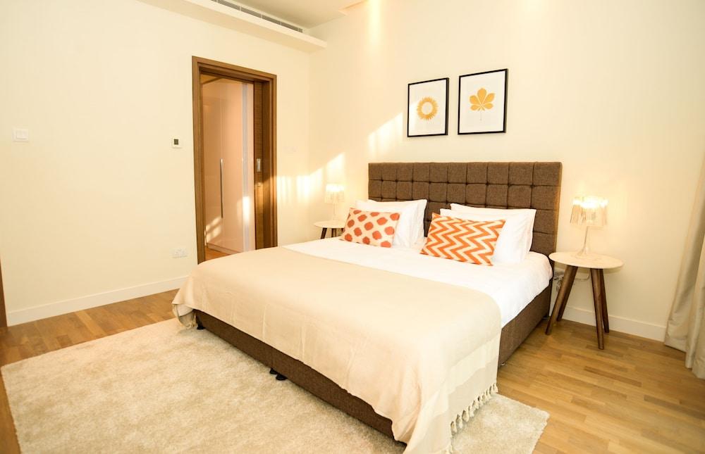 Yallarent stadswandeling luxe en moderne slaapkamer
