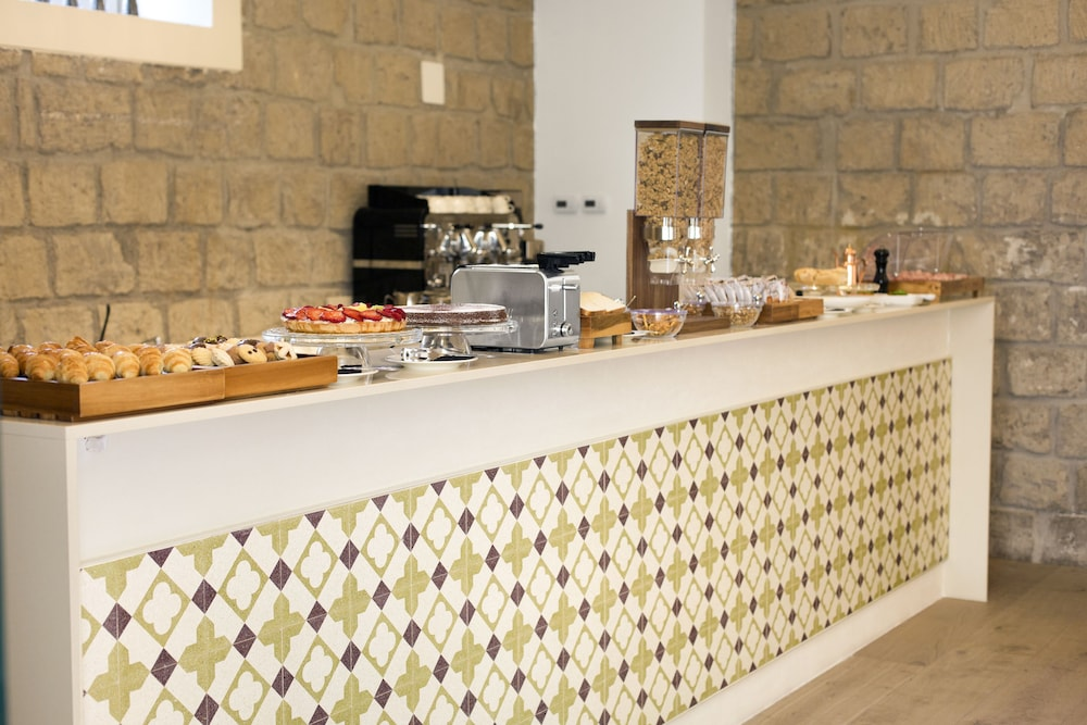 Breakfast buffet, Unconventional Hotel Sorrento
