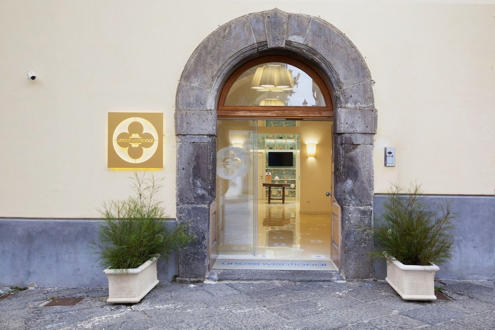 Front of Property, Unconventional Hotel Sorrento