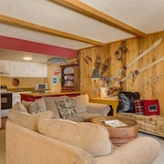 Copper Mtn - Sh303. Best Value for $$$ in Ctr Village! Gorgeous Sky Chutes View