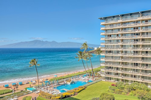 Million Dollar Views Oceanfront Studio at The Whaler on Ka'anapali