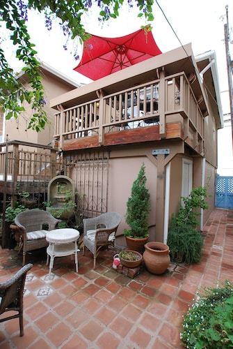 Beach Cottage With Ocean Views - Walk to the Balboa Pier, Dining, & Shops!