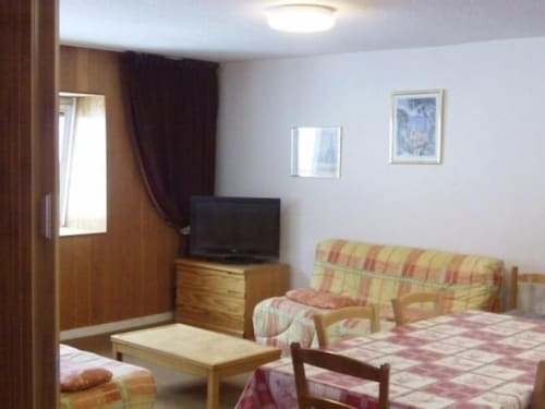 Apartment Le Mont-dore, 1 Bedroom, 6 Persons