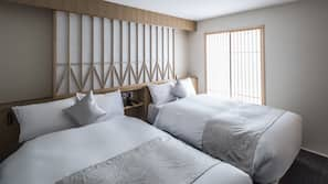 Premium bedding, down duvets, minibar, in-room safe