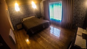 1 bedroom, iron/ironing board, rollaway beds, free wired internet