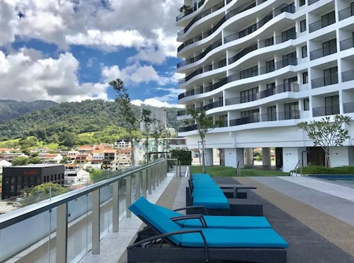 The Landmark Penthouse Luxury Condo by Casa Accommodation (MYS 22156361) photo