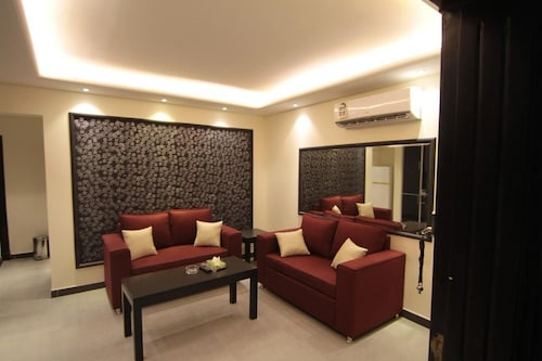 AlToot Palace Furnished Apartments