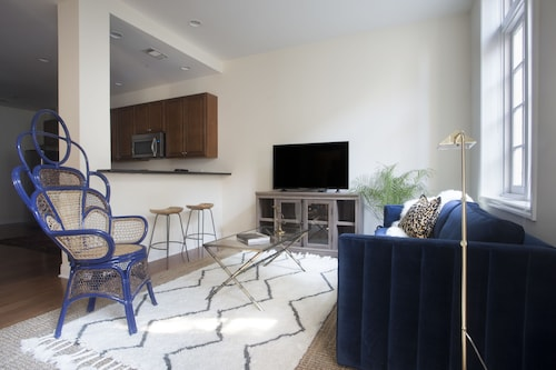 Check Expedia for Availability of Colorful 2BR in Arts/warehouse District by Sonder