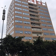Juyuan Business Hotel