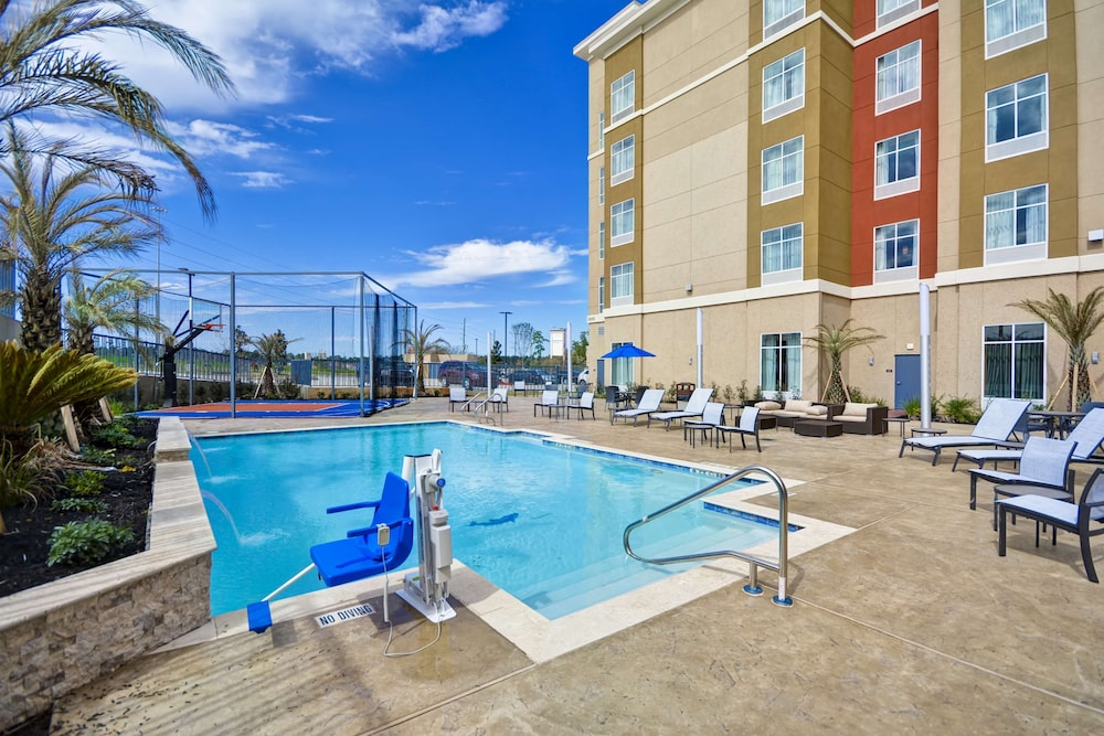 Pool, Homewood Suites by Hilton Conroe