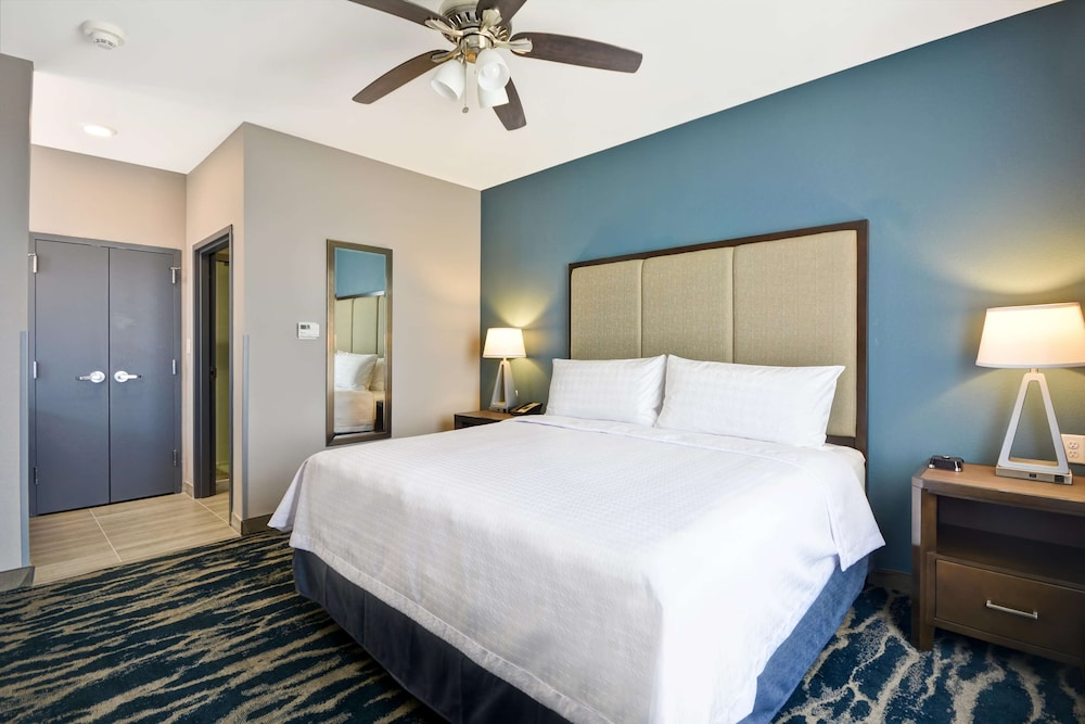 Room, Homewood Suites by Hilton Conroe