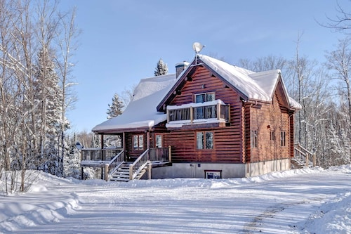 Check Expedia for Availability of Chalet Geronimo