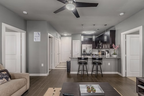 Great Place to stay 2BR Premium near Dallas