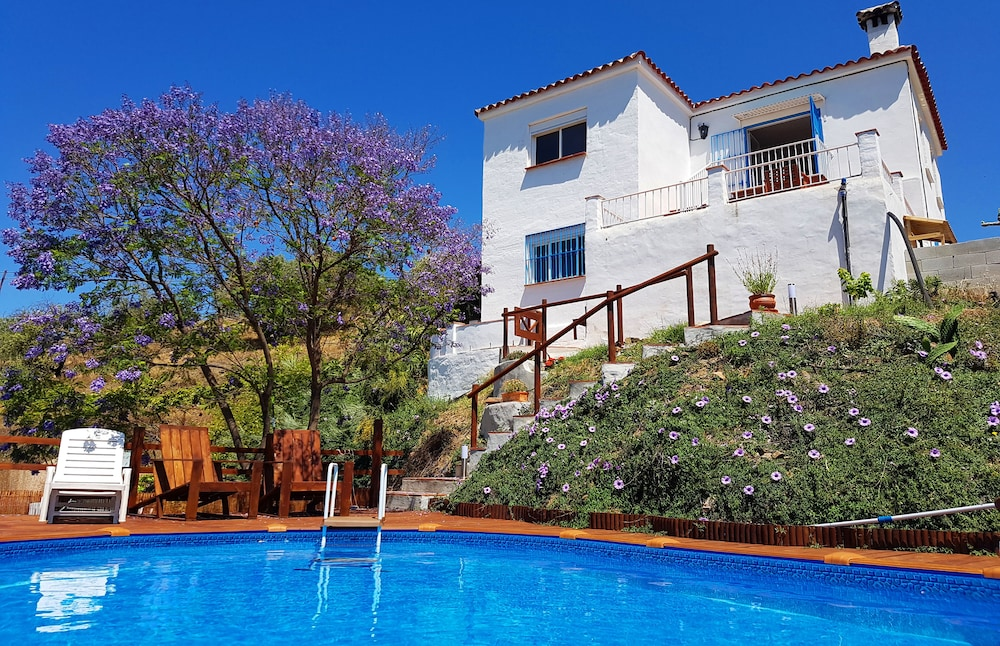 Holiday Home Encantada Benamargosa With Private Pool Garden And Sea