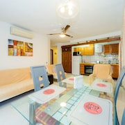ID 63 For Rent Apartment in Walking Distance From the Sea!