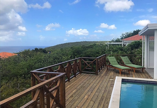 New! Coral Estate: Seaview and Fantastic Sun- Pooldeck!