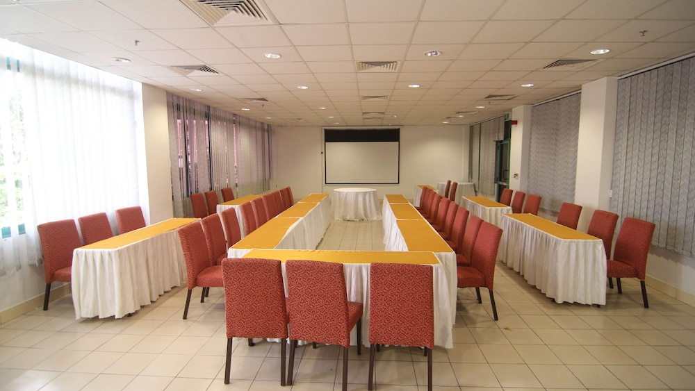Meeting Facility, Gold Crest Hotel - Mwanza