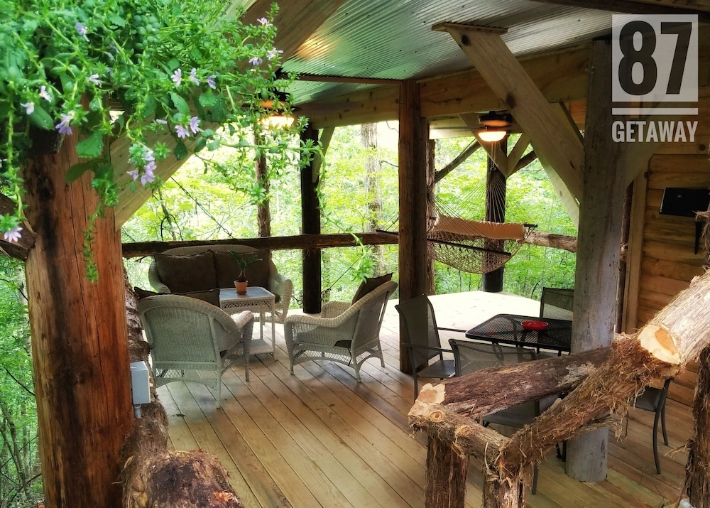 , The 87getaway Secluded Treehouse Escape