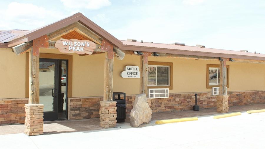 Bryce UpTop Lodge