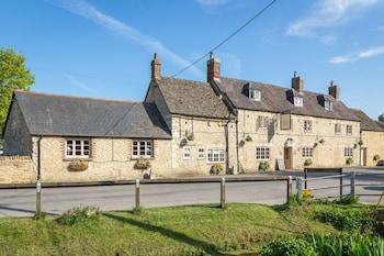 Wendlebury Road, Wendlebury, Bicester, Oxfordshire, England, OX25 2PW.