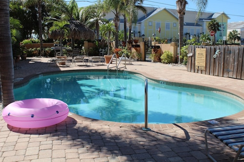 Great Place to stay The Canal Breeze at Coconut Villas 2 Bedrooms 1 Bathroom Condo near Dunedin