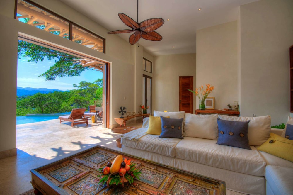 Living Area, Buenavista Boutique - Punta Sayulita