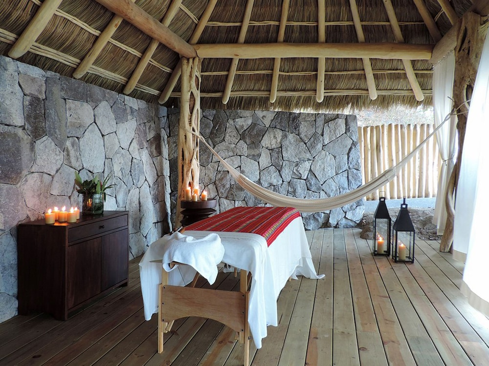 Spa Treatment, Buenavista Boutique - Punta Sayulita