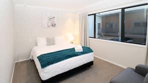 3 Schlafzimmer, individuell dekoriert, individuell eingerichtet