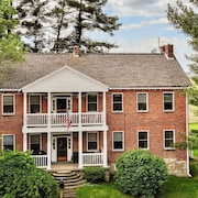 Restored Colonial Farmhouse Near Seven Springs -- Perfect For Family Gatherings