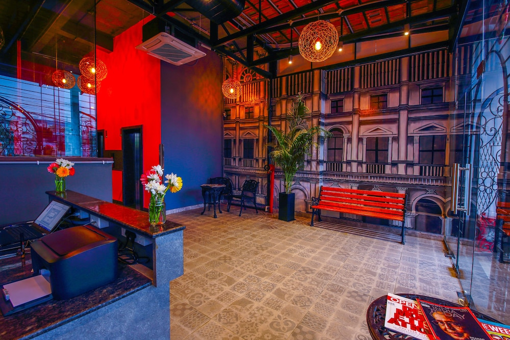 Outdoor Dining Featured Image Interior Entrance ...