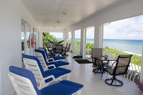 Amazing Home on Caribbean! Spectacular Views, Dive, Snorkel, Kayak, Hike, Relax!