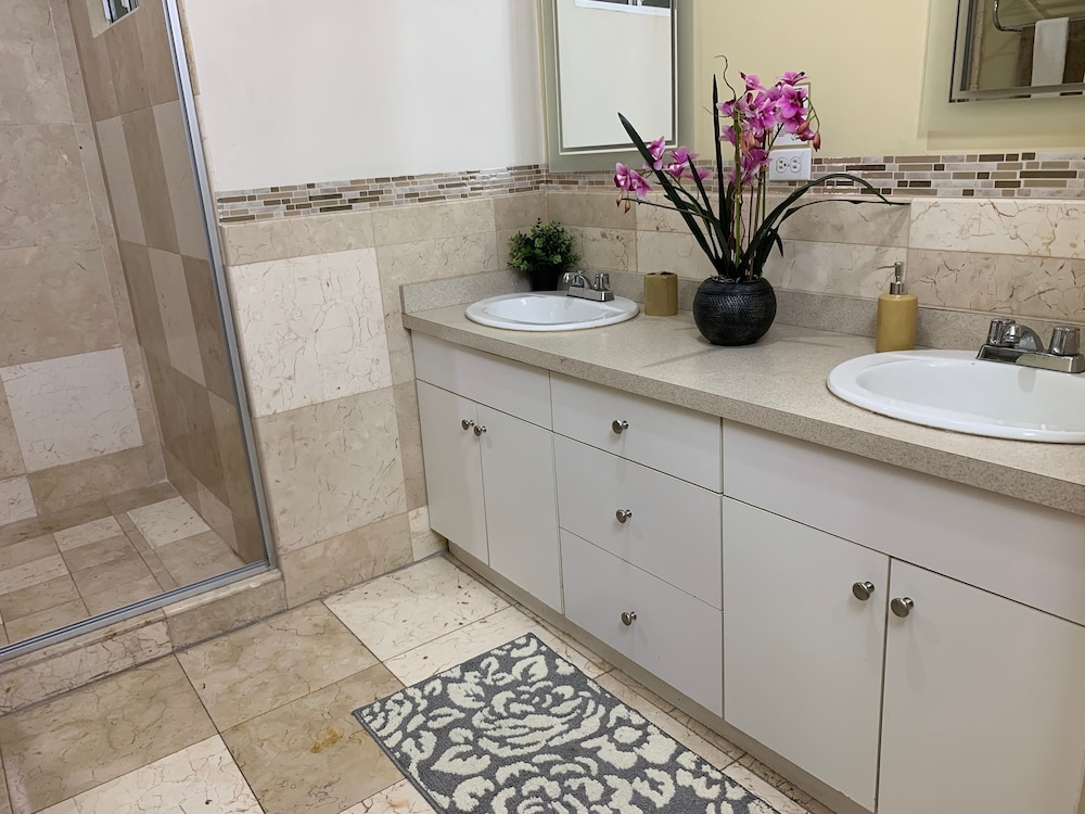 Bathroom, Rio Suites Apartments & Extended Stays