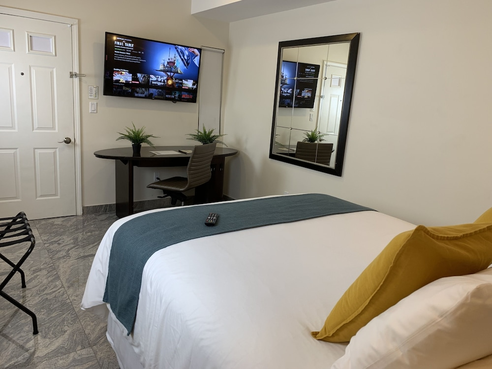 Room, Rio Suites Apartments & Extended Stays
