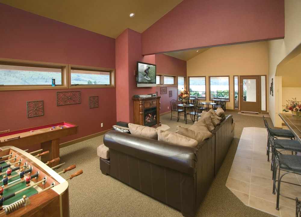 Interior, WorldMark Lake Chelan Shores